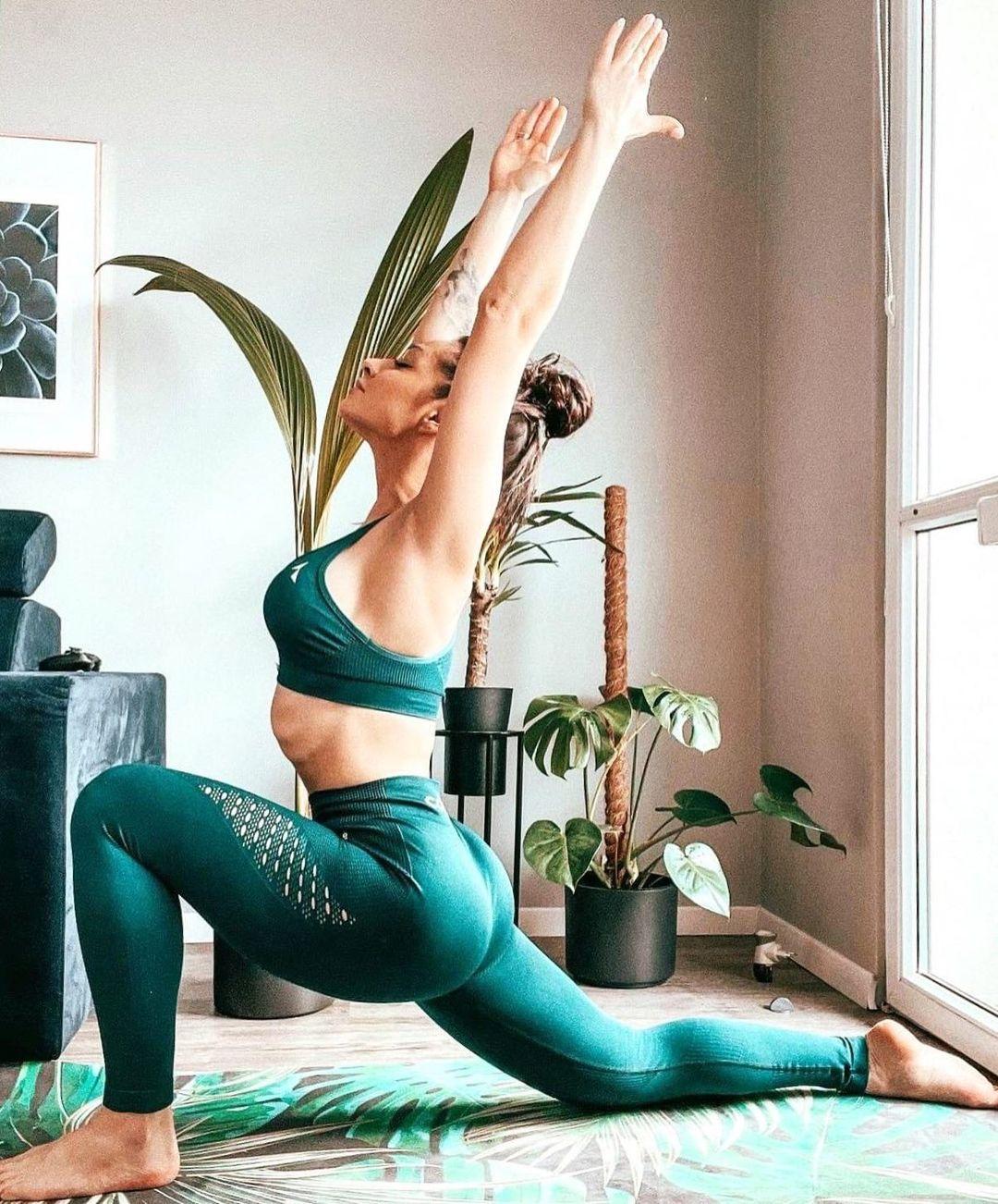 Ćwiczenie jogi i asan